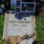 Resting_place_Philip_Lynott