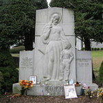 Babe_Ruth_800grave
