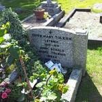 jrrTolkien's_grave,_Wolvercote_Cemetery