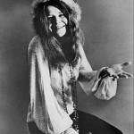 Janis_Joplin_seated_1970