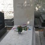 jeanpaulSartre_and_Simone_de_Beauvoir_grave,_Montparnasse,_Paris,_France-16June2009