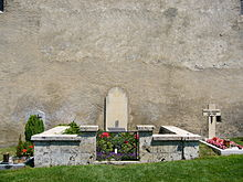 Rainer_Maria_Rilke_at_the_churchyard_in_Raron_-_Swizerland